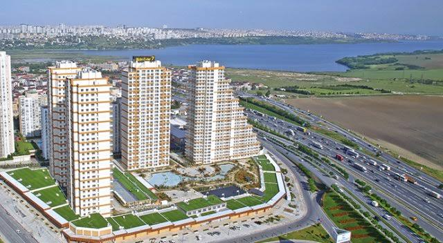 Apartment for sale with beautiful and magnificent view of Istanbul Europe / Ispartakule